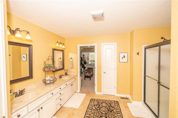 6286 Strathaven Road Noblesville IN 46062 | MLS 21709655 | photo 21