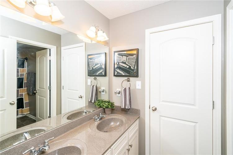 6286 Strathaven Road Noblesville IN 46062 | MLS 21709655 | photo 26