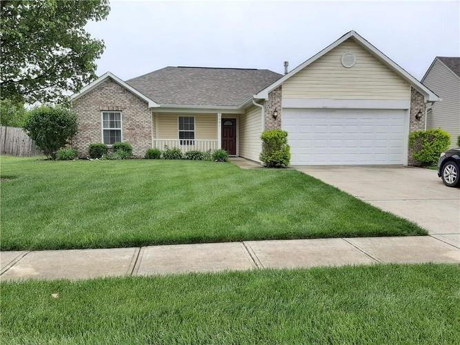 981 Youngs Creek Drive Franklin IN 46131   MLS 21709658   photo 1