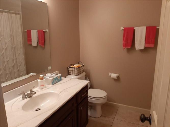 981 Youngs Creek Drive Franklin IN 46131   MLS 21709658   photo 24