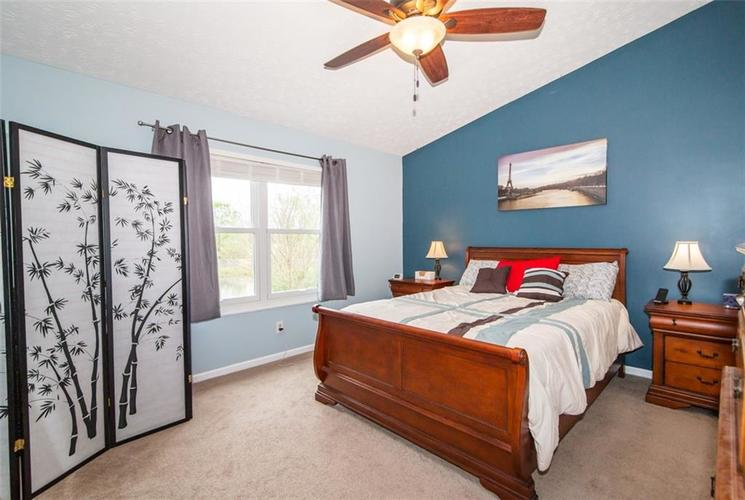 10828 SEDGEGRASS Drive Indianapolis IN 46235 | MLS 21709673 | photo 14