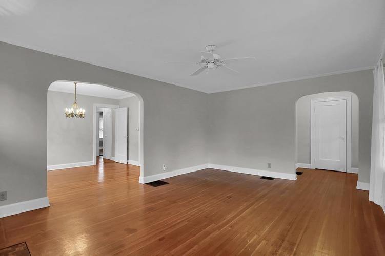 6208 Central Avenue Indianapolis IN 46220 | MLS 21709684 | photo 16