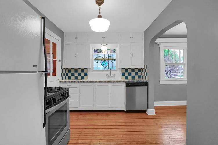 6208 Central Avenue Indianapolis IN 46220 | MLS 21709684 | photo 21