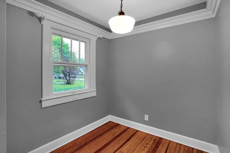 6208 Central Avenue Indianapolis IN 46220 | MLS 21709684 | photo 23