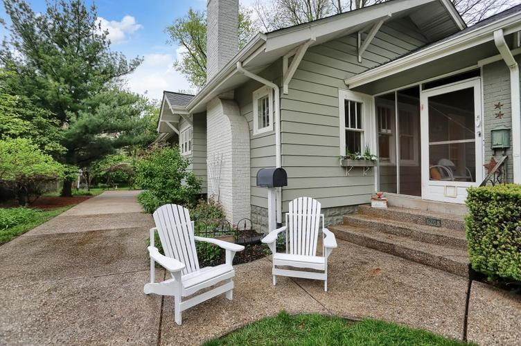 6208 Central Avenue Indianapolis IN 46220 | MLS 21709684 | photo 3