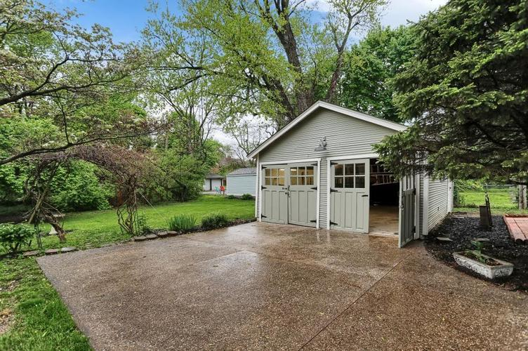 6208 Central Avenue Indianapolis IN 46220 | MLS 21709684 | photo 8