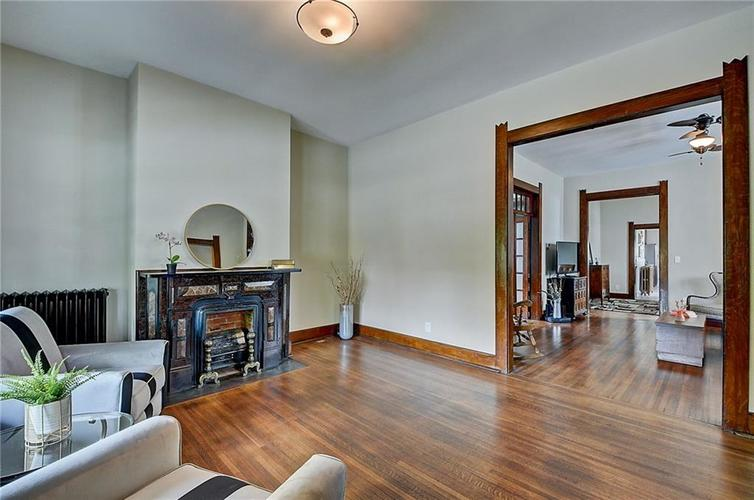 2006 E 10th Street Indianapolis IN 46201 | MLS 21709685 | photo 10