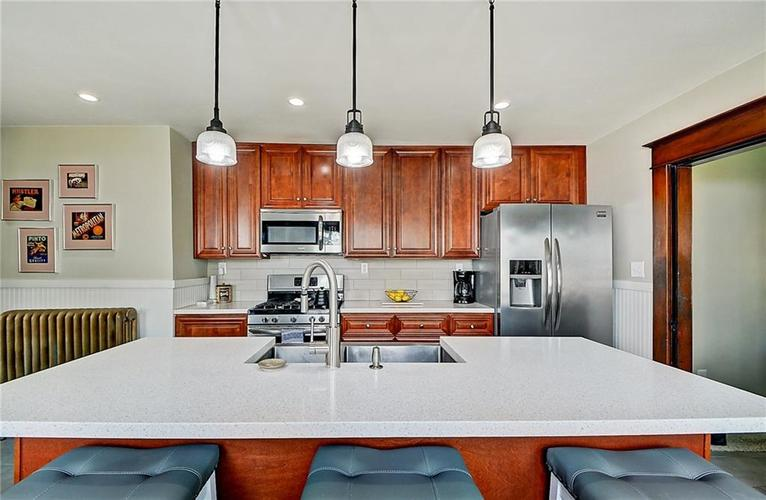 2006 E 10th Street Indianapolis IN 46201 | MLS 21709685 | photo 14