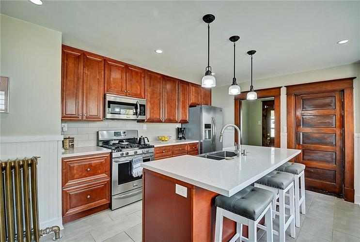 2006 E 10th Street Indianapolis IN 46201 | MLS 21709685 | photo 16