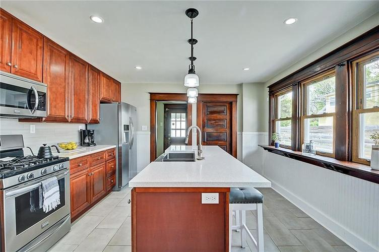 2006 E 10th Street Indianapolis IN 46201 | MLS 21709685 | photo 17