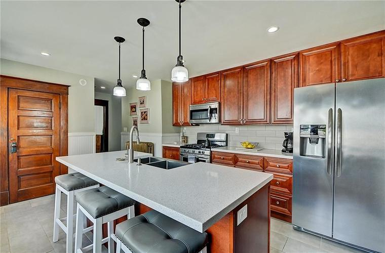 2006 E 10th Street Indianapolis IN 46201 | MLS 21709685 | photo 18