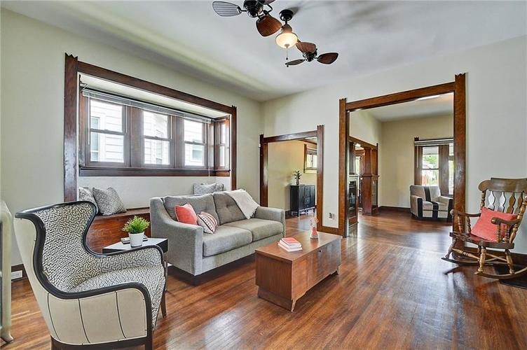 2006 E 10th Street Indianapolis IN 46201 | MLS 21709685 | photo 5