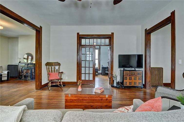 2006 E 10th Street Indianapolis IN 46201 | MLS 21709685 | photo 6