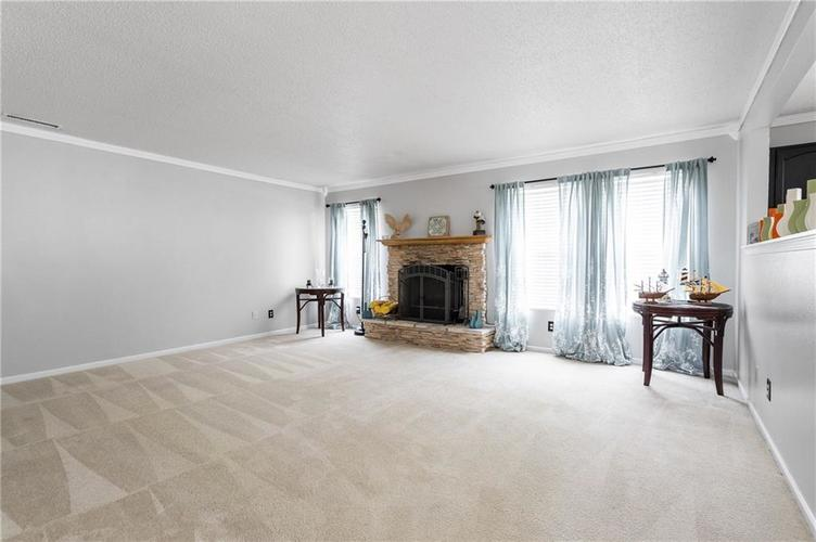 10672 S Miller Drive Indianapolis IN 46231 | MLS 21709698 | photo 16