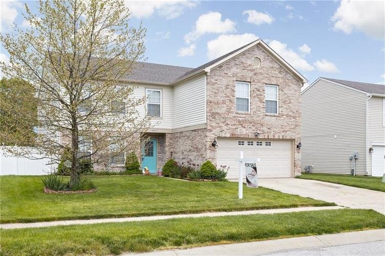 10672 S Miller Drive Indianapolis IN 46231 | MLS 21709698 | photo 2