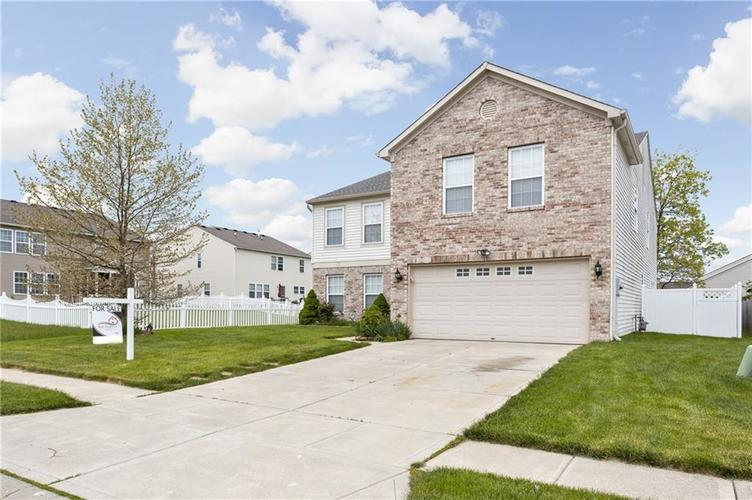 10672 S Miller Drive Indianapolis IN 46231 | MLS 21709698 | photo 3