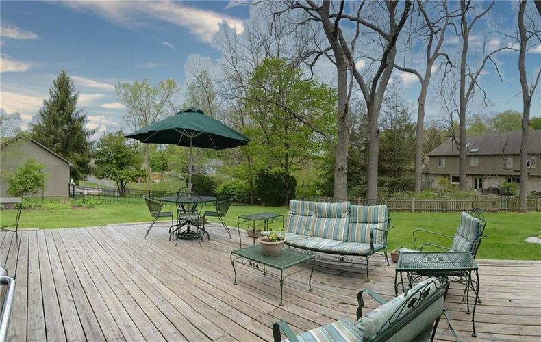 195 GOVERNORS Lane Zionsville IN 46077   MLS 21709717   photo 35
