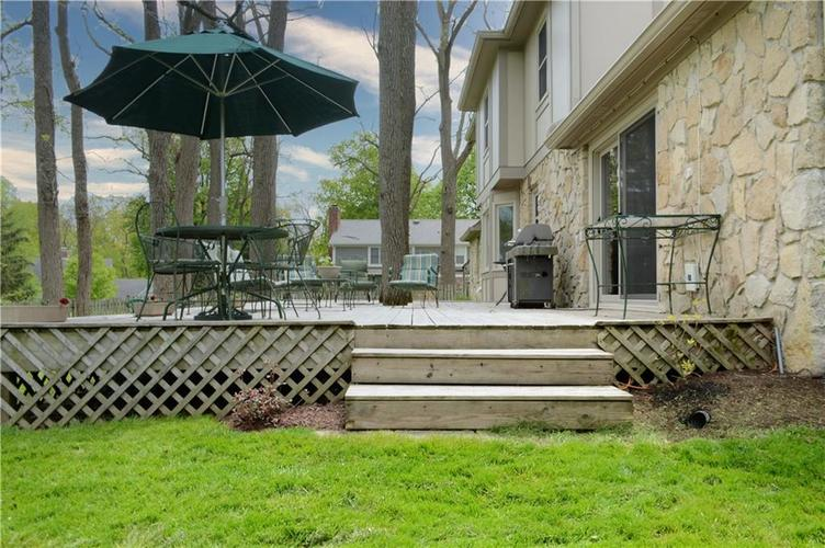 195 GOVERNORS Lane Zionsville IN 46077   MLS 21709717   photo 36