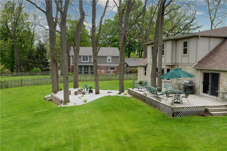 195 GOVERNORS Lane Zionsville IN 46077   MLS 21709717   photo 38