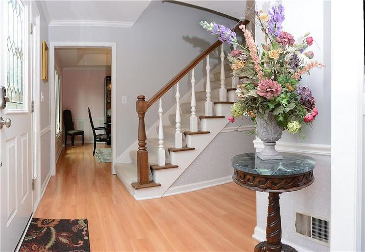 195 GOVERNORS Lane Zionsville IN 46077   MLS 21709717   photo 4