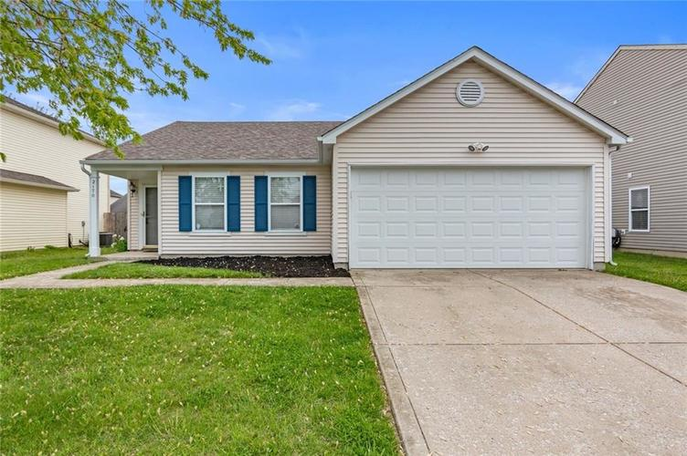 2170 Shadowbrook Drive Plainfield IN 46168 | MLS 21709718 | photo 1
