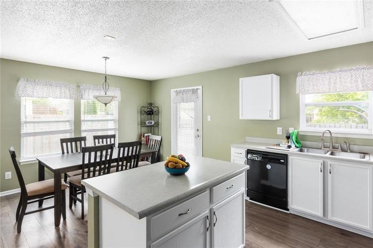 2170 Shadowbrook Drive Plainfield IN 46168 | MLS 21709718 | photo 11