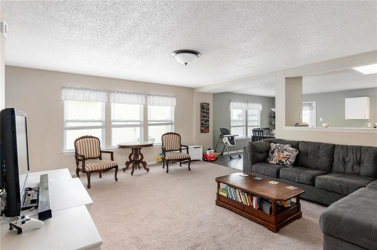 2170 Shadowbrook Drive Plainfield IN 46168 | MLS 21709718 | photo 5
