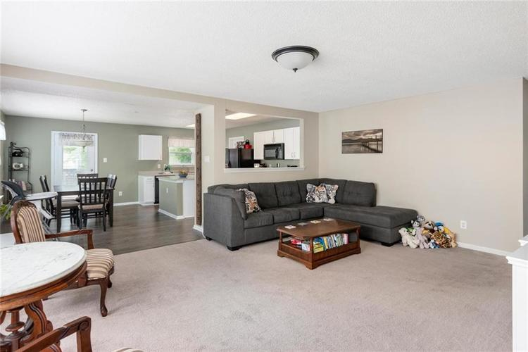 2170 Shadowbrook Drive Plainfield IN 46168 | MLS 21709718 | photo 6