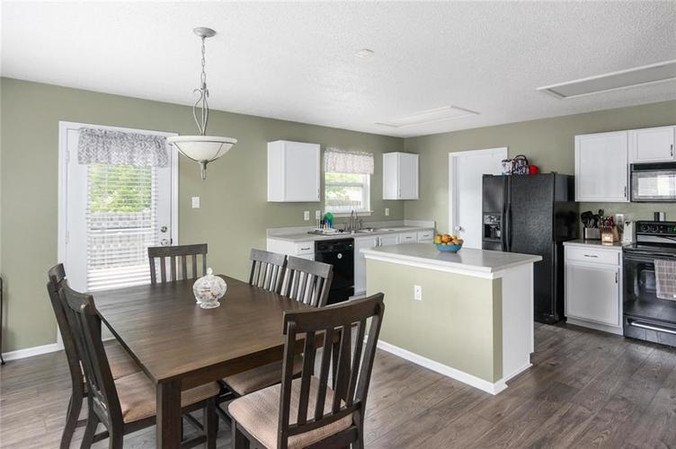 2170 Shadowbrook Drive Plainfield IN 46168 | MLS 21709718 | photo 9