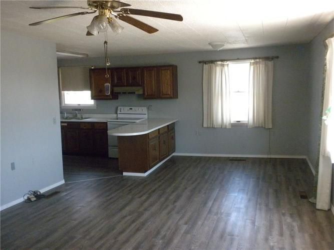508 W State Street Madison IN 47250 | MLS 21709738 | photo 4