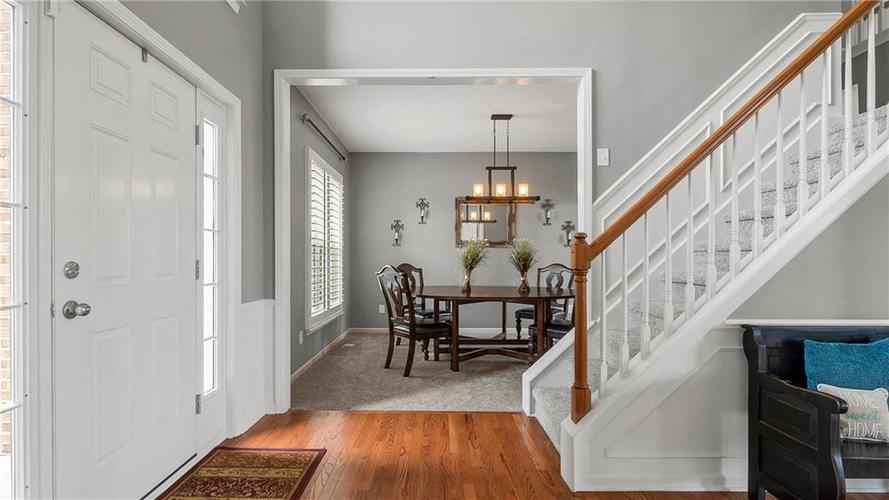 14287 Chariots Whisper Dr Westfield IN 46074 | MLS 21709801 | photo 2