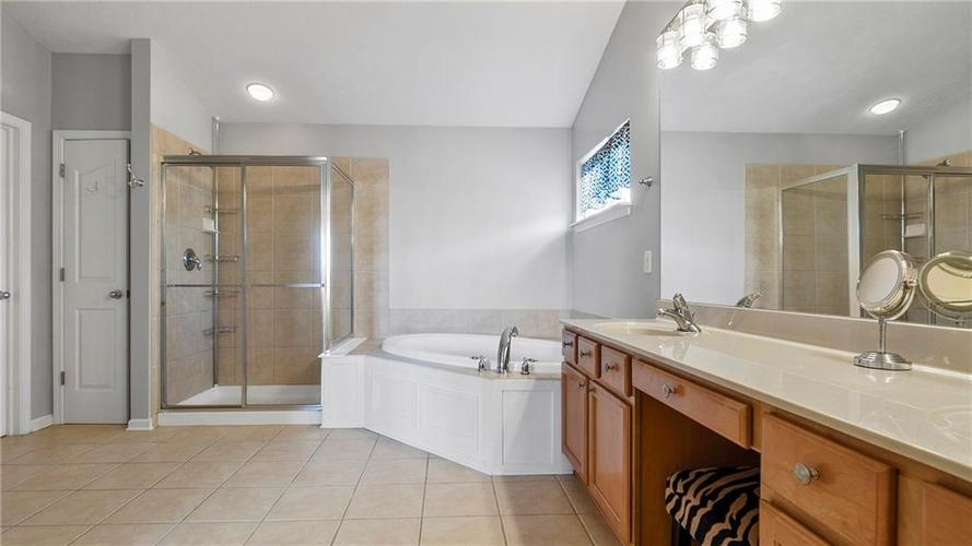 14287 Chariots Whisper Dr Westfield IN 46074 | MLS 21709801 | photo 23