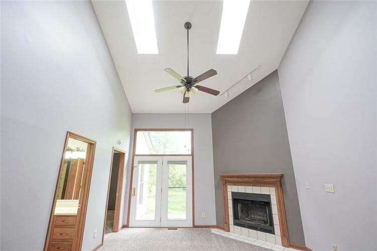 6402 COTTON BAY Drive Indianapolis IN 46254 | MLS 21709825 | photo 12