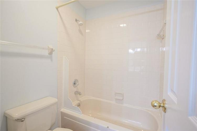 6402 COTTON BAY Drive Indianapolis IN 46254 | MLS 21709825 | photo 14