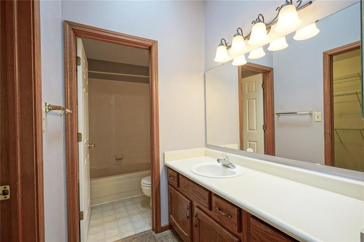 6402 COTTON BAY Drive Indianapolis IN 46254 | MLS 21709825 | photo 24