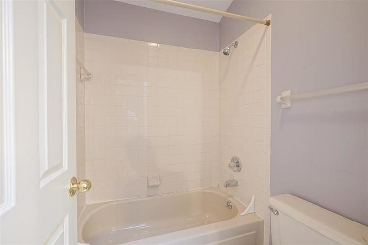 6402 COTTON BAY Drive Indianapolis IN 46254 | MLS 21709825 | photo 25