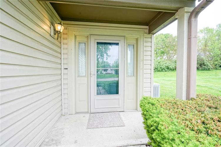 6402 COTTON BAY Drive Indianapolis IN 46254 | MLS 21709825 | photo 3