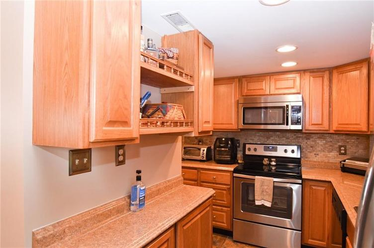 1314 Jackson Park Place Seymour IN 47274 | MLS 21709846 | photo 11