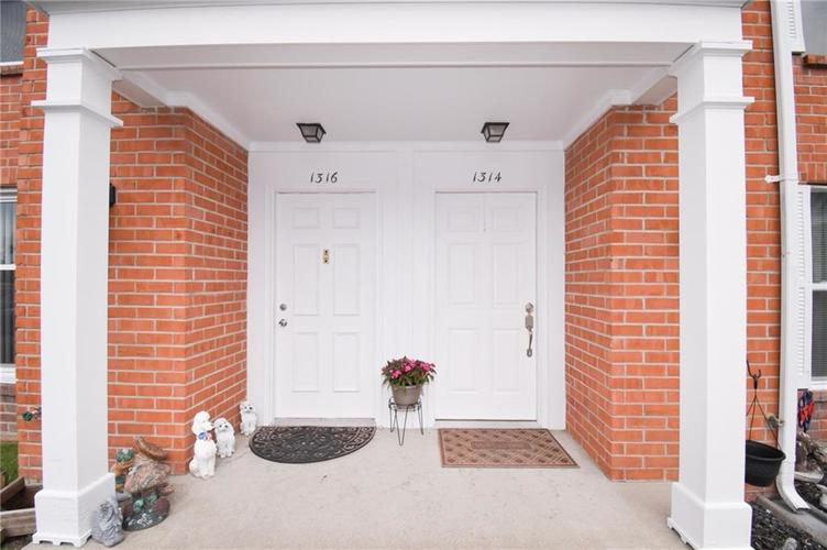 1314 Jackson Park Place Seymour IN 47274 | MLS 21709846 | photo 6