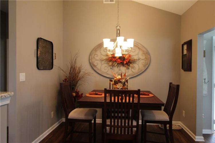 1851 Silverberry Drive Indianapolis IN 46234 | MLS 21709853 | photo 11