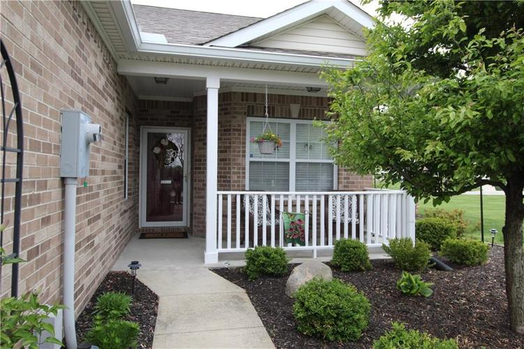1851 Silverberry Drive Indianapolis IN 46234 | MLS 21709853 | photo 2