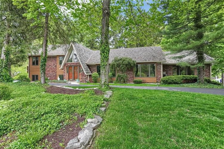 7504 Morningside Drive Indianapolis IN 46240   MLS 21709857   photo 1