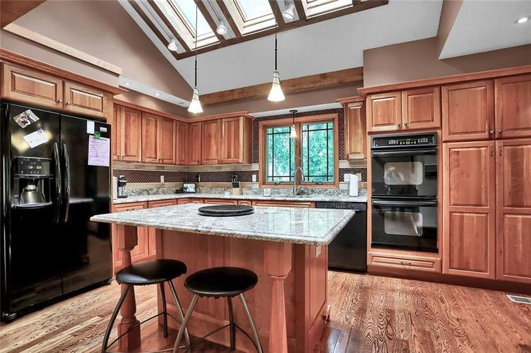 7504 Morningside Drive Indianapolis IN 46240   MLS 21709857   photo 18
