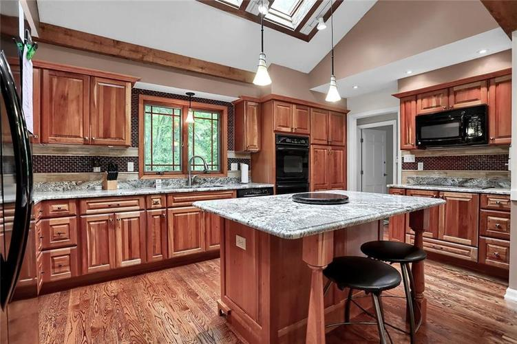 7504 Morningside Drive Indianapolis IN 46240   MLS 21709857   photo 20