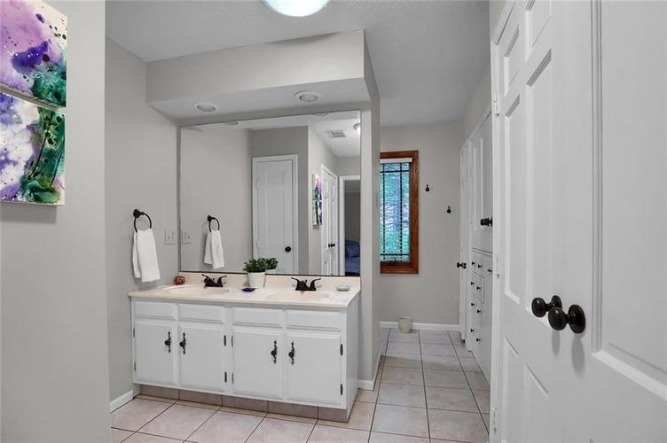 7504 Morningside Drive Indianapolis IN 46240   MLS 21709857   photo 28