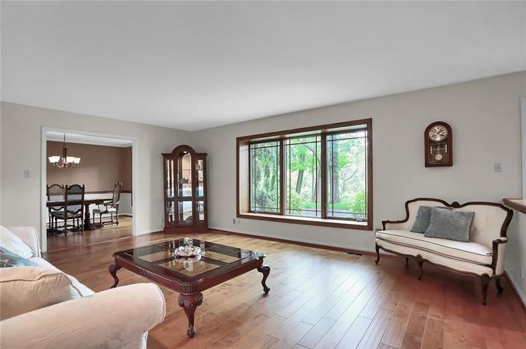 7504 Morningside Drive Indianapolis IN 46240   MLS 21709857   photo 7