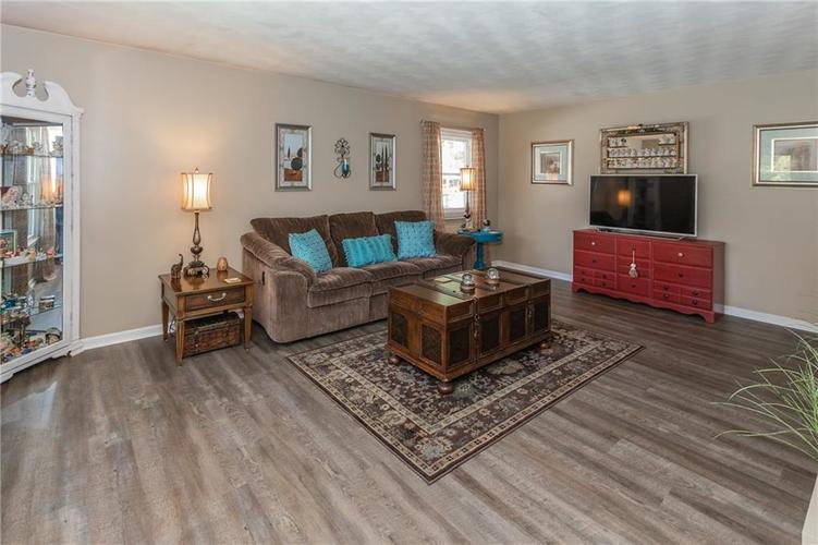2217 Colt Road Indianapolis IN 46227 | MLS 21709863 | photo 13