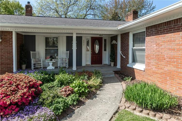 2217 Colt Road Indianapolis IN 46227 | MLS 21709863 | photo 2