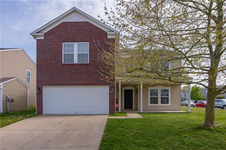 1121 Central Park Drive Shelbyville IN 46176   MLS 21709909   photo 1