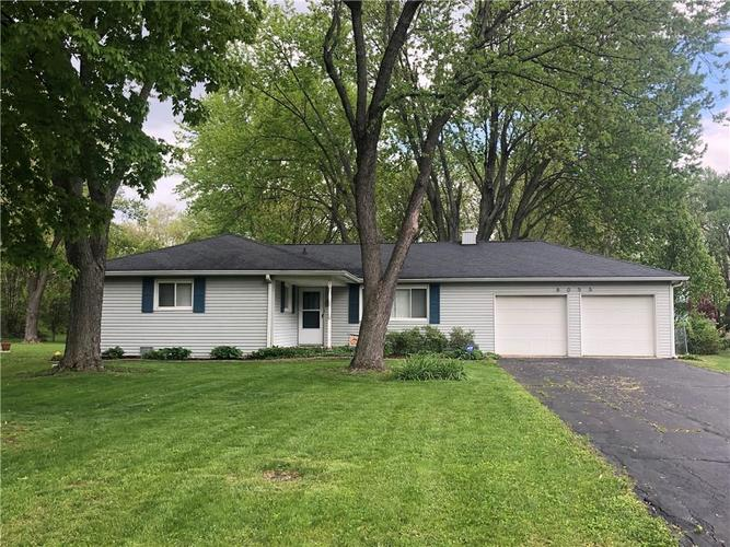 8055 Wallingwood Drive Indianapolis IN 46256 | MLS 21709928 | photo 1